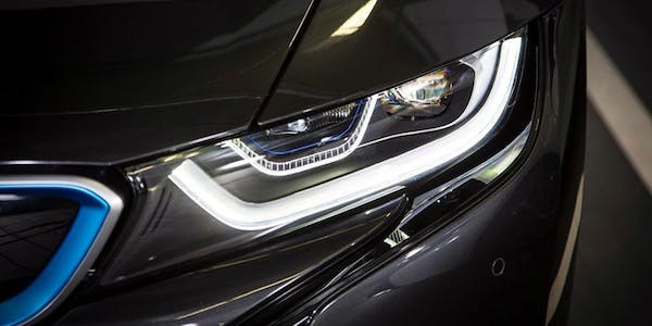 New adaptable headlights to improve road safety