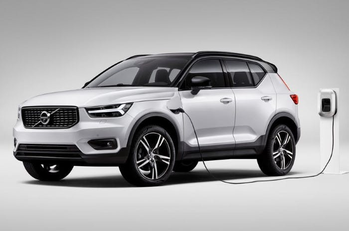 Volvo to cover charging costs of hybrid vehicles